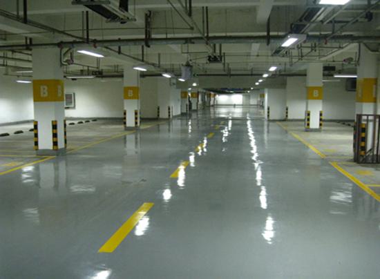 广州佳贝斯中心停车场